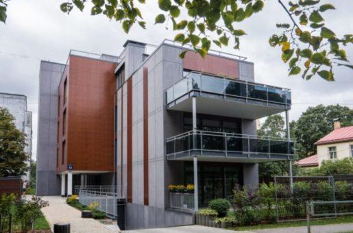 Vidējas klases daudzdzīvokļu ēka